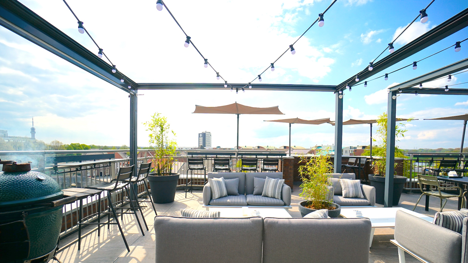 Bistro TWO Rooftop